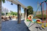 детская площадка  -  Крым  Евпаторион гостиница с Бассейном
