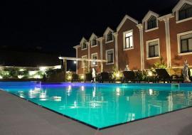 Евпатория отель с анимацией, бассейном -   Крым  Евпаторион гостиница с Бассейном