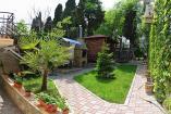 Алушта гостиница Мечта  двор коттеджа