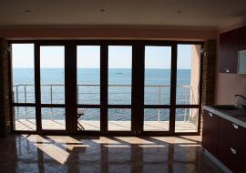 Отдых  в Алуште  п. Приветное  Эллинг - аппартаменты с видом на море